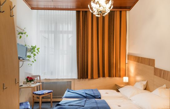 Single room (superior) Pension Neuer Markt