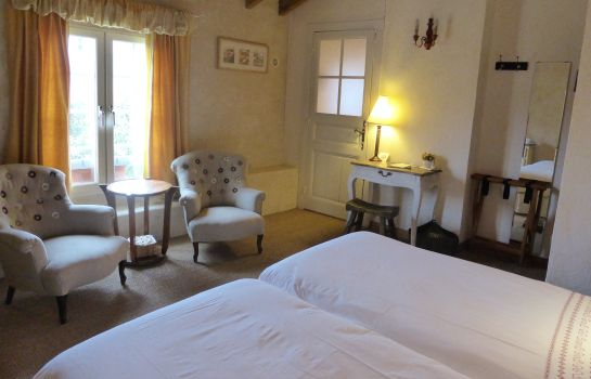 Double room (standard) Domaine de Bassilour