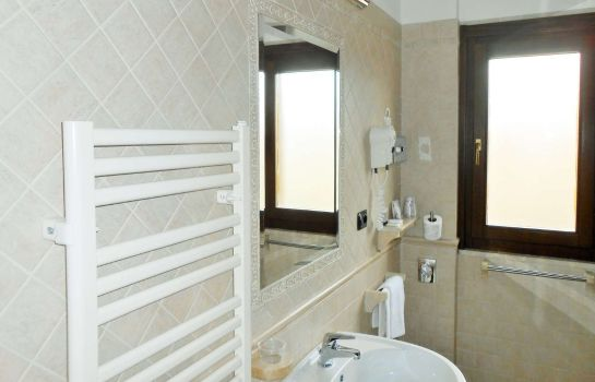 Zimmer Riviera Sure Hotel Collection by Best Western