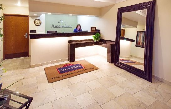 Reception AmericInn Hotel & Suites Johnston Des Moines
