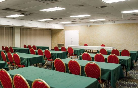 Conference room Quality Inn & Suites Gulf Breeze