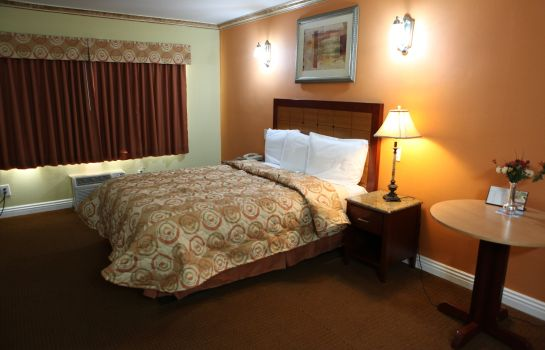 Zimmer GLEN CAPRI INN AND SUITES - SAN FERNANDO