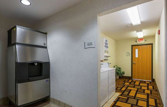 Info Quality Inn and Suites Belmont Route 151