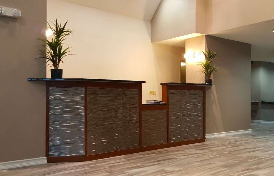 Hall Americas Best Value Inn & Suites-Lee's Summit/Kansas City