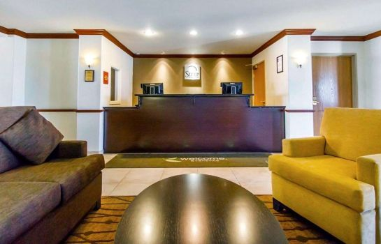Hall Sleep Inn & Suites
