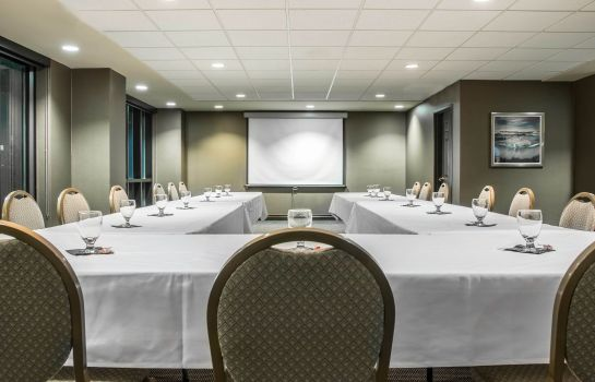 Sala konferencyjna an Ascend Hotel Collection Member Shoreline Inn & Conference C