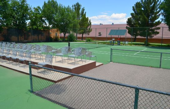 Tennisplatz Green Valley Spa & Resort