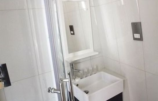 Bagno in camera Earls Court Gardens Hotel - Guest house