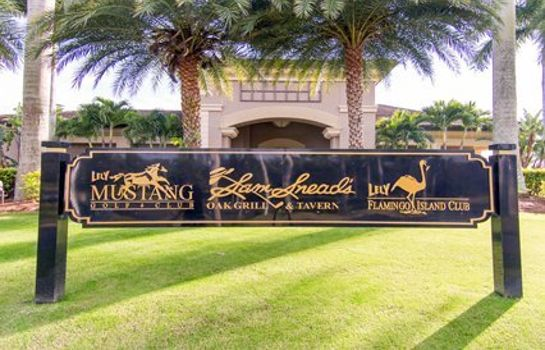 Buitenaanzicht Ascend Hotel Collection GreenLinks Golf Villas at Lely Resort