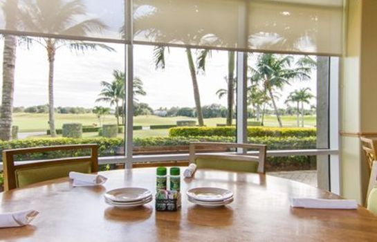 Restaurant Ascend Hotel Collection GreenLinks Golf Villas at Lely Resort