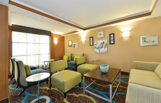 Hol hotelowy La Quinta Inn and Suites Greenwood