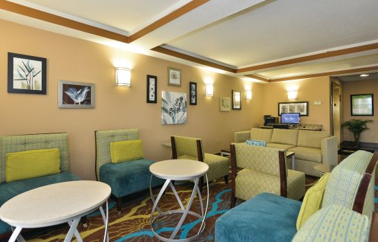 Hotelhalle La Quinta Inn and Suites Greenwood
