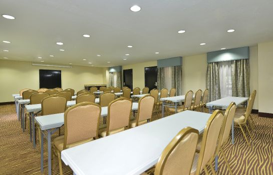 Conference room La Quinta Inn and Suites Greenwood
