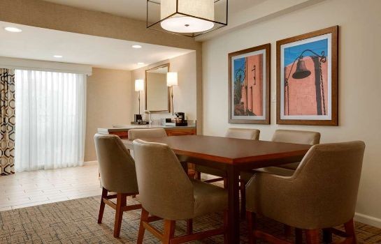 Suite Embassy Suites by Hilton Scottsdale Resort