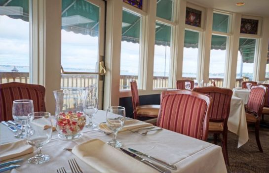 Restaurant Club Wyndham Bay Voyage Inn