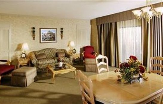 Suite PICCADILLY INN AIRPORT