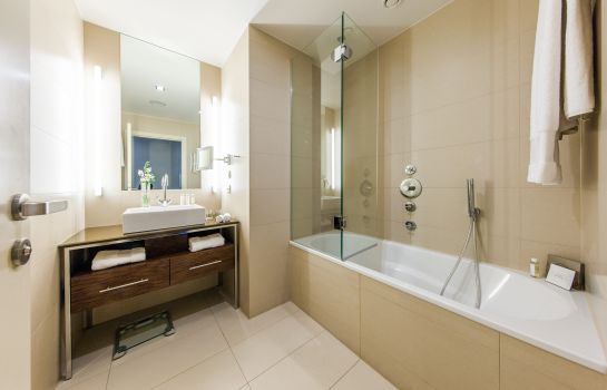 Bagno in camera The Ring Vienna's Casual Luxury Hotel