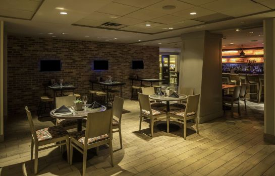 Hotel-Bar DoubleTree by Hilton Hotel - Suites Pittsburgh Downtown