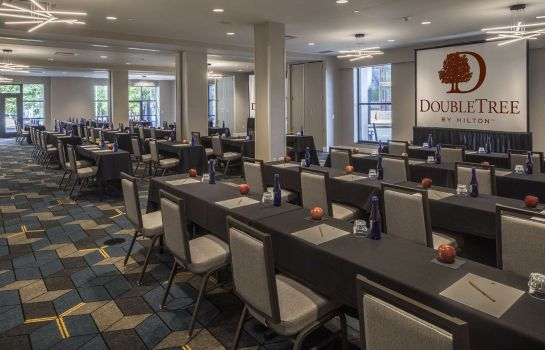 Tagungsraum DoubleTree by Hilton Hotel - Suites Pittsburgh Downtown