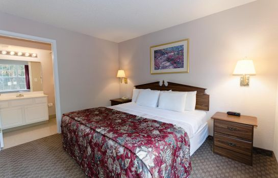 Room InTown Suites Fort Myers