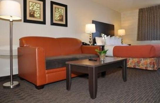 Zimmer Cimarron Inn and Suites