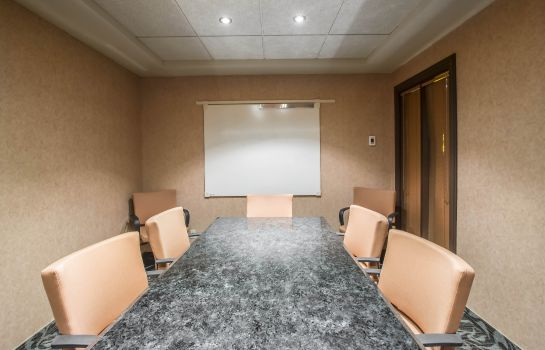 Sala de reuniones an Ascend Hotel Collection Member Hotel Royal William