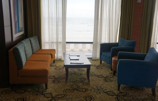 Hotelhalle Holiday Inn Express & Suites OCEANFRONT DAYTONA BCH SHORES
