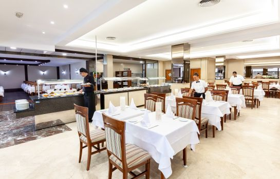 Restaurant Hotel Diamante Suites