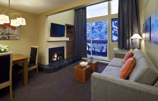 Suite Whistler Village Inn And Suites