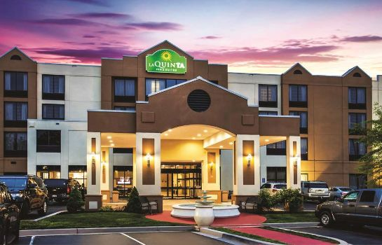 Exterior view La Quinta Inn and Suites Newark - Elkton