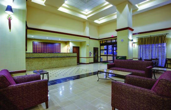 Lobby La Quinta Inn and Suites Newark - Elkton