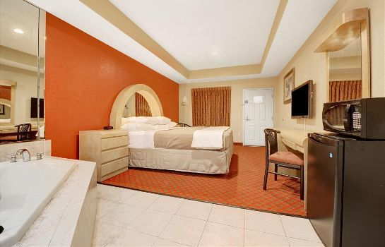 Suite DAYS INN & SUITES NIAGARA FALL