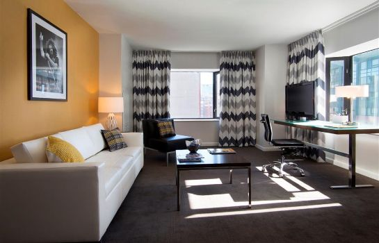 Suite Brookshire Suites Inner Harbor BW Signature Collection