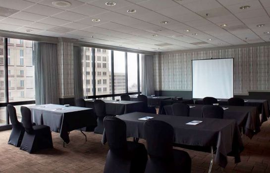 Sala konferencyjna The Brookshire Suites BW Premier Collection