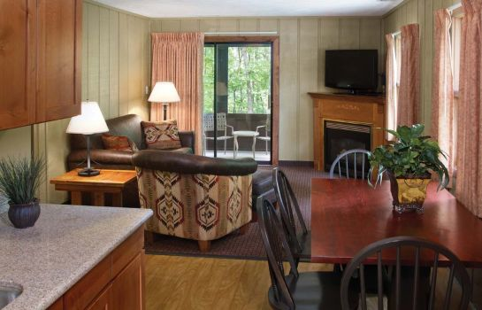Suite Shawnee State Park Lodge