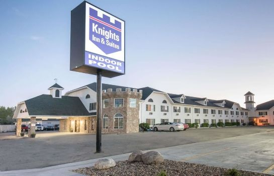 Exterior view Knights Inn Grand Forks Knights Inn Grand Forks