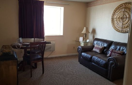 Info Knights Inn and Suites Grand Forks