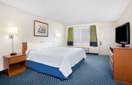 Room Days Inn Lake Havasu