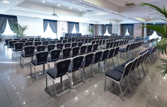 Conferences Savoia Hotel Regency 4* S