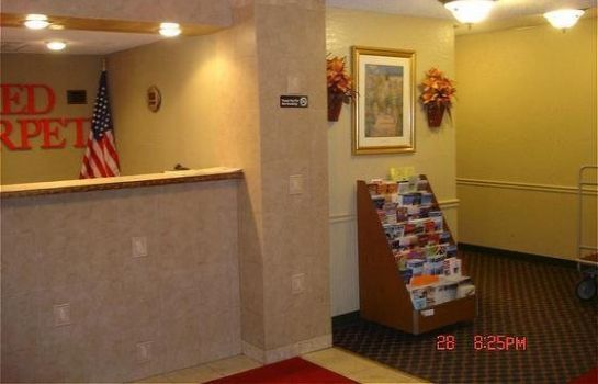 Hotelhalle Red Carpet Inn & Suites Albany