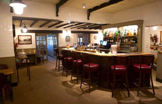 Bar hotelowy Wayford  Bridge Hotel