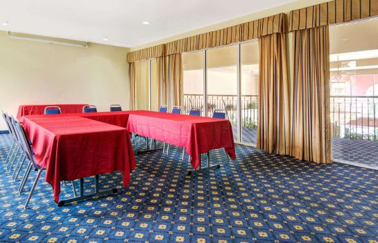 Sala congressi Howard Johnson Inn And Suites San Antonio/Balcones Heights San Antonio / Balcones Heights