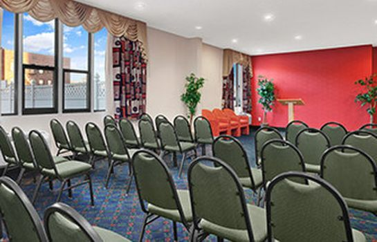 Sala konferencyjna RAMADA EAST ORANGE