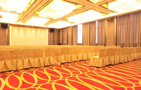 Meeting room Ramada Plaza