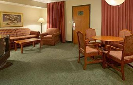 Suite RAMADA BY WYNDHAM INDIANAPOLIS