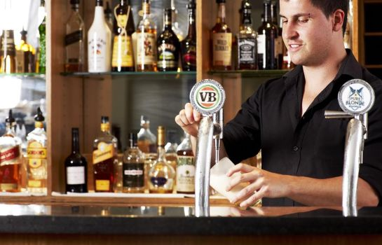 Hotel bar RYDGES BANKSTOWN SYDNEY