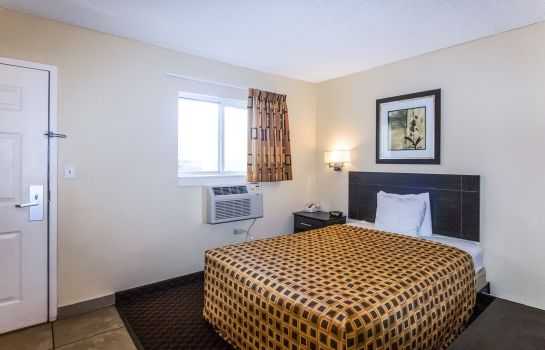 Zimmer Suburban Extended Stay South
