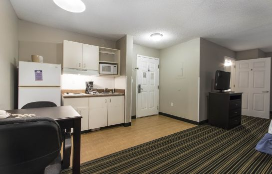 Zimmer Suburban Extended Stay Hotel Pensacola