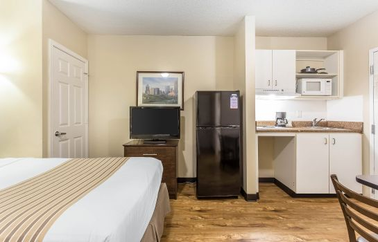 Zimmer Suburban Extended Stay Hotel Charlotte