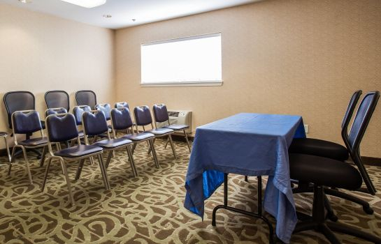 Conference room Home-Towne Suites Concord